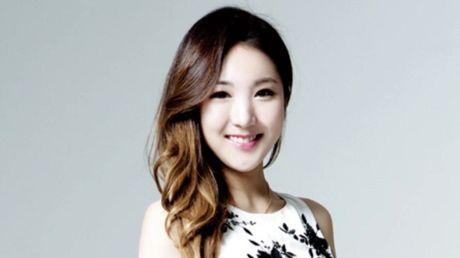 My nhan Han lay dai gia: Nguoi tu sat, ke ly hon - Anh 4