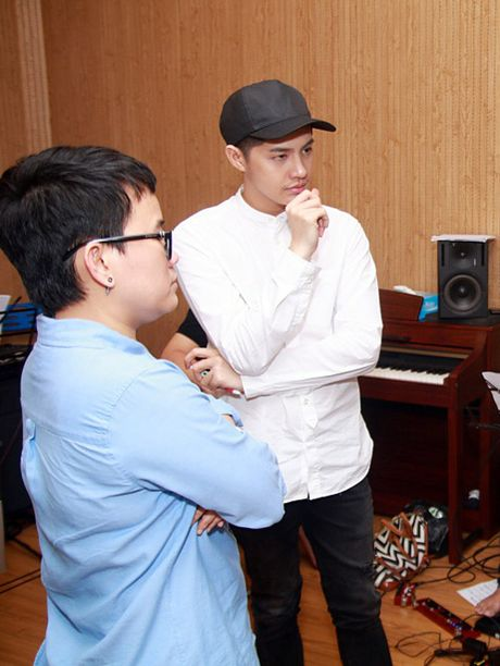 Noo Phuoc Thinh huy lich dien, don suc cho liveshow 'khung' - Anh 2