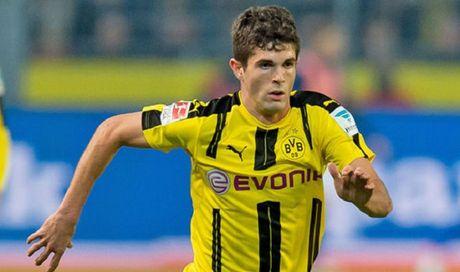 Bi Liverpool 'dom ngo', Dortmund voi troi chan sao tre - Anh 1