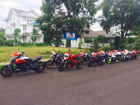 Sieu moto, xe hop 'khung' ruoc dau tai Nha Trang - Anh 5