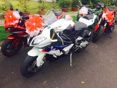 Sieu moto, xe hop 'khung' ruoc dau tai Nha Trang - Anh 6