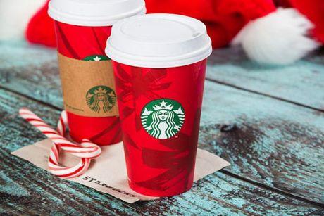 Starbucks ra mat mon nuoc uong dac trung cho mua Giang sinh - Anh 1