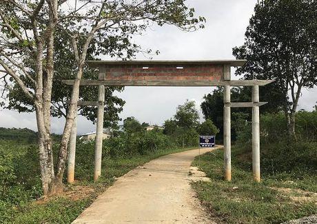 Tieng than noi bien gioi Viet – Lao: Ky 3: Chinh quyen 'cau gio', dan mat dat san xuat - Anh 3