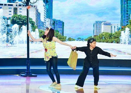 Hot girl an va tren san khau, ep 4 thanh hai bam nut chon - Anh 1