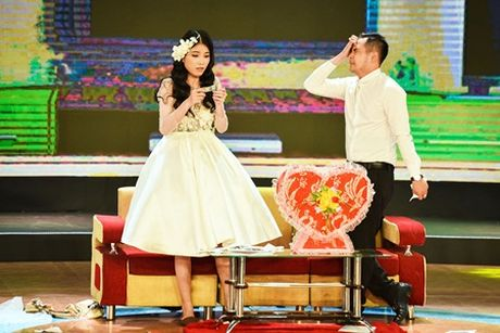 Hot girl an va tren san khau, ep 4 thanh hai bam nut chon - Anh 3