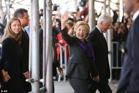 """Ba Clinton: """"Donald Trump se la tong thong cua chung ta"""" - Anh 5"""