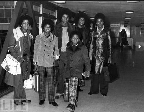 Nhung khoanh khac dang nho trong doi Michael Jackson - Anh 3