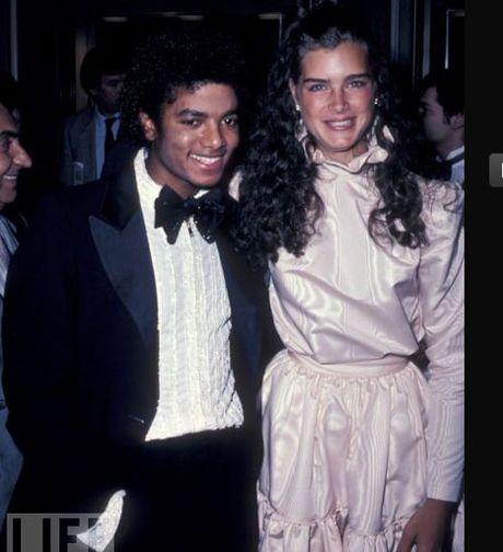 Nhung khoanh khac dang nho trong doi Michael Jackson - Anh 5