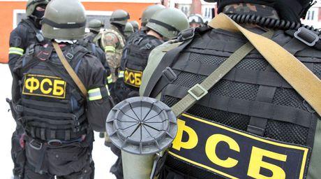 Nga bat giu nhom biet kich Ukraine tai Crimea - Anh 1