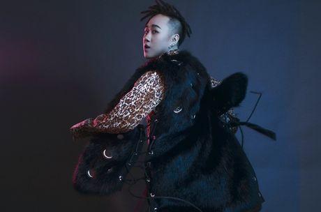 Trung Quan Idol ru bo hinh tuong ngoan hien de lam moi ban than - Anh 4