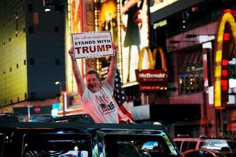 Trump 'ton' chua den 5 USD cho moi phieu bau - Anh 1
