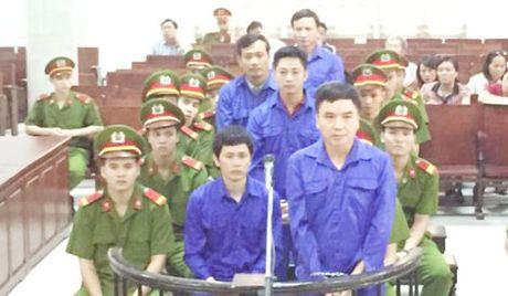 Cuu Giam doc Ban Quan ly cac du an duong sat duoc giam an 6 thang tu - Anh 1