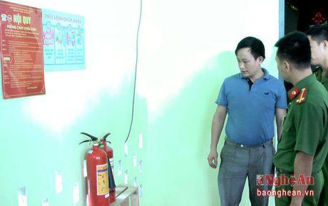 Kiem tra 26 co so kinh doanh dich vu karaoke tren dia ban Tan Ky - Anh 1