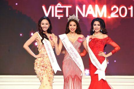 Pham Huong se chi con 'tai vi' ngoi Hoa hau Hoan Vu Viet Nam… 9 thang nua! - Anh 1