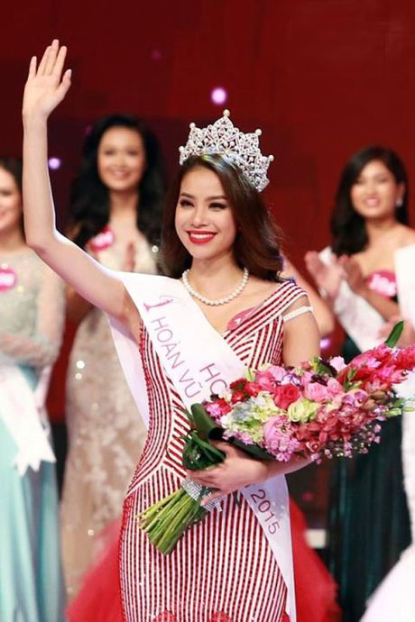 Pham Huong se chi con 'tai vi' ngoi Hoa hau Hoan Vu Viet Nam… 9 thang nua! - Anh 2