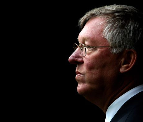 27 nam tai M.U, Sir Alex dung 'may say toc' co dung 6 lan - Anh 3