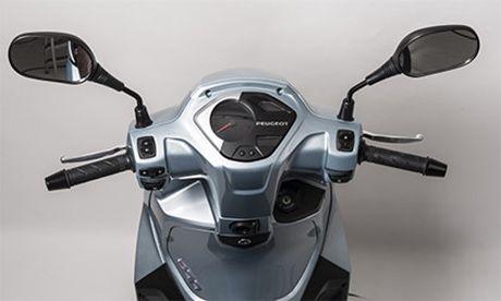 Peugeot Belville - doi thu moi cua Honda SH 2017 - Anh 3