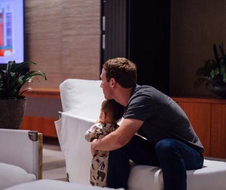 Tim Cook, Mark Zuckerberg chinh thuc len tieng sau chien thang cua Donald Trump - Anh 2
