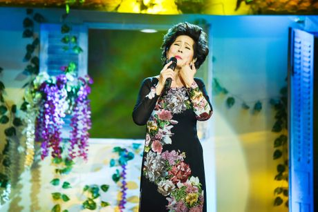 Phuong Dung hat lai ca khuc 'Hoa trinh nu' - Anh 1