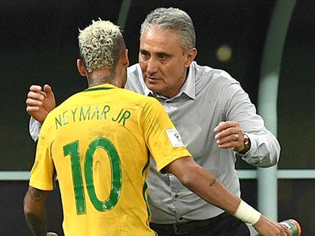 HLV doi tuyen Brazil, Tite: Ghet Mourinho, thich Pep va nguong mo Ancelotti - Anh 1