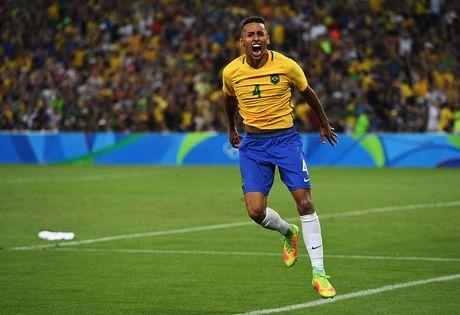 Doi hinh 'sieu tan cong' giup Brazil ha Argentina - Anh 3