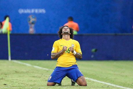 Doi hinh 'sieu tan cong' giup Brazil ha Argentina - Anh 5