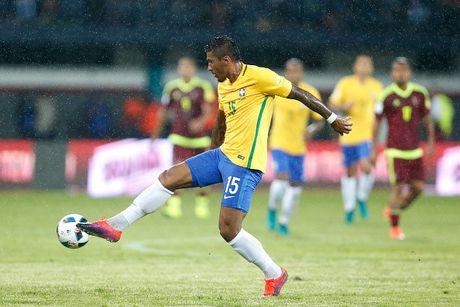 Doi hinh 'sieu tan cong' giup Brazil ha Argentina - Anh 7