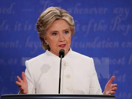 Hang trieu nguoi My keu goi cac dai cu tri bo phieu cho ba Clinton - Anh 1