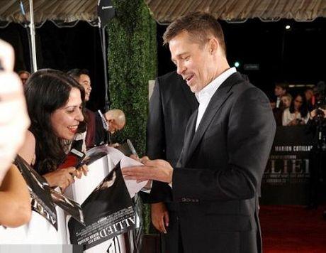 Brad Pitt khong muon niu keo cuoc hon nhan? - Anh 3
