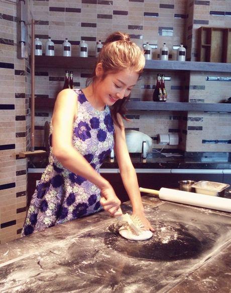 'Lac mat hon' vi nu sinh truong dien anh Thuong Hai - Anh 14