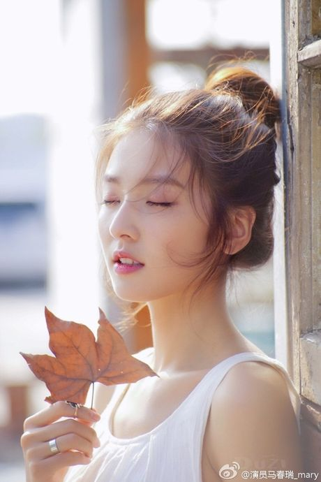'Lac mat hon' vi nu sinh truong dien anh Thuong Hai - Anh 3