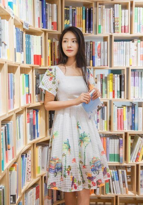 'Lac mat hon' vi nu sinh truong dien anh Thuong Hai - Anh 4