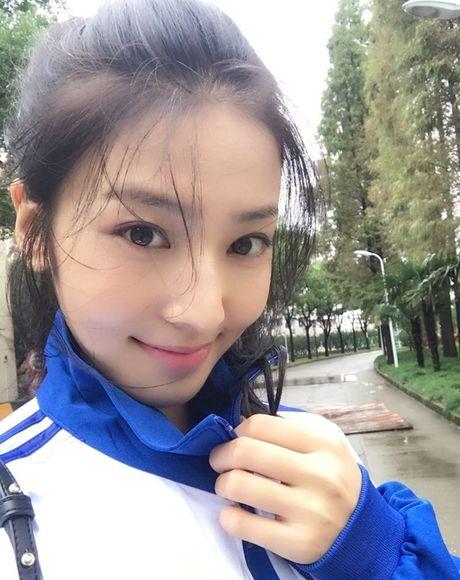 'Lac mat hon' vi nu sinh truong dien anh Thuong Hai - Anh 5