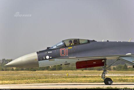 Theo doi phi cong Trung Quoc bay Su-35 o Nga - Anh 6