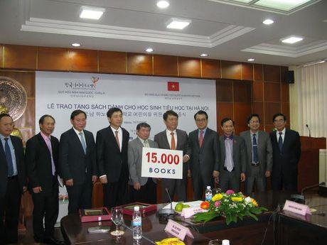 Tang sach Han Quoc cho hoc sinh tieu hoc Viet Nam - Anh 1