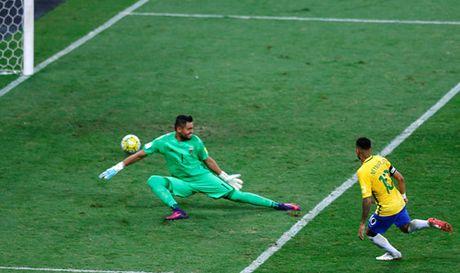 Neymar ngay cang quan trong voi tuyen Brazil - Anh 2