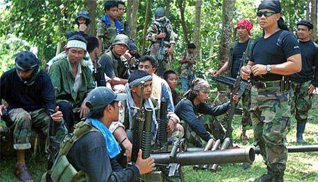 Philippines, Malaysia va Indonesia hop tac chong phien quan Abu Sayyaf - Anh 1