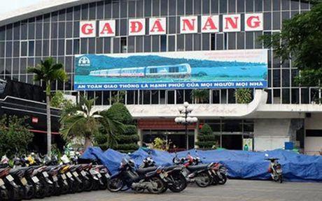 Chuan bi di doi ga duong sat Da Nang - Anh 1