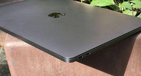 Dau la nguyen nhan khien nhieu nguoi quay lung voi MacBook Pro 2016? - Anh 1