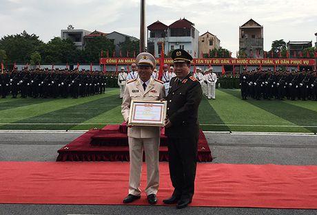 Truong Trung cap Canh sat vu trang Khai giang nam hoc moi - Anh 4