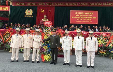 Truong Trung cap Canh sat vu trang Khai giang nam hoc moi - Anh 6