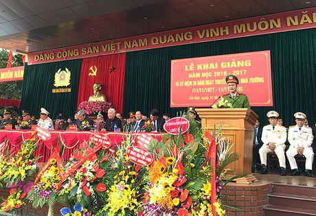 Truong Trung cap Canh sat vu trang Khai giang nam hoc moi - Anh 7