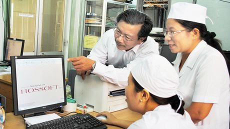 Thue giam doc cho benh vien cong: Ky vong xen lan ban khoan - Anh 1
