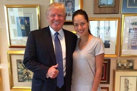Ong Trump tung khen vo Schweinsteiger la 'dep nhat the gioi' - Anh 2
