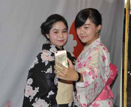 Gioi tre Can Tho 'thich thu' voi trang phuc Kimono - Anh 2