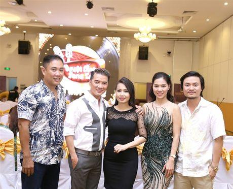 Dam Vinh Hung - Cam Ly lam giam khao 'Tuyet dinh song ca' phien ban 'Cap doi vang' - Anh 2