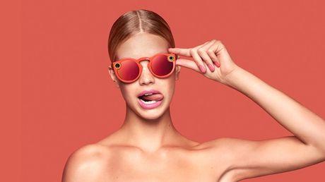 Snapchat bat ngo ban ra kinh thong minh Spectacles - Anh 1