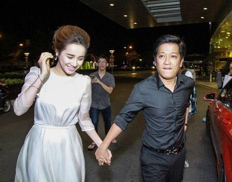 Tran Thanh dang anh vui ve voi Nha Phuong, fan lo lang canh bao Truong Giang - Anh 10