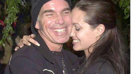 Chong cu lan dau noi ve ly do ly hon voi Angelina Jolie - Anh 1