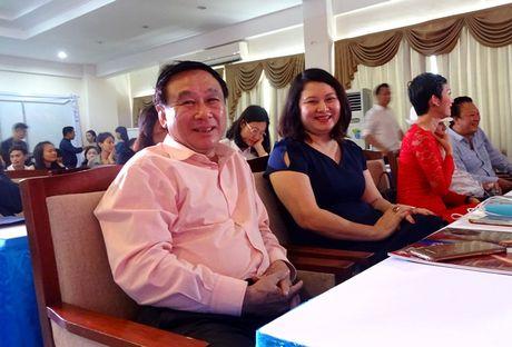 Chuong trinh Duyen dang Viet Nam 28 dam da sac xuan tai ngo khan gia - Anh 3